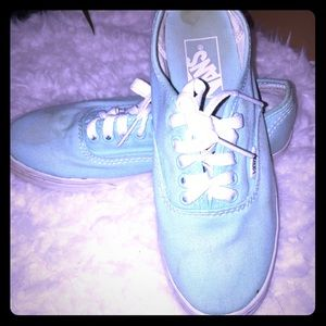 Teal vans size 6.5 need a good cleaning.